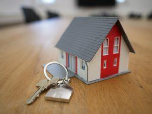 albérlet vagy saját lakás